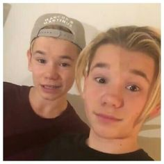 Woluld you.like marcus and martinus to come ti youre contry and chuse you to get on the stage and start siging first kiss