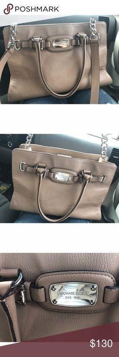 Michael Kors Hamilton Ew Large Tote - Dark Khaki✨ New never used! Just trying to get rid of some purses! It still has tags! Originally 358. Michael Kors Bags Satchels