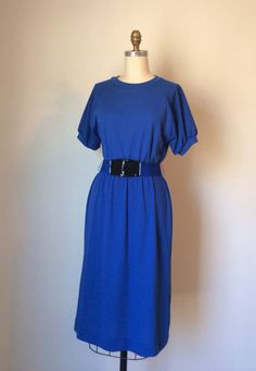 Basic Blue body con Dress with belt // Vintage 70s leisure dress with ribbed baseball sleeves // Small Size 4 Petite on Etsy, $40.00