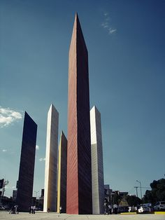 torres de satelite - Luis Barragan, Architect