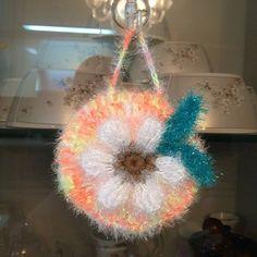 메리제인님의 #봄봄수세미 #야매 뜨기 도안없이 째려보기 신공으로 베껴서 죄송합니다~  #수세미뜨기 #코바늘뜨기 #메리제인수세미 #코바늘소품 #crochet #crocheting #크로쉐 #크로쉐덕 #크로쉐타그램