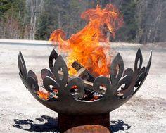The Fiery Fleur-de-Lis 37 inch diameter Sculptural Firebowl - Feuerstelle im Garten Outdoor Fire, Outdoor Decor, Outdoor Living, Deco Nature, Fire Bowls, Light My Fire, Outdoor Settings, Yard Art, Blacksmithing