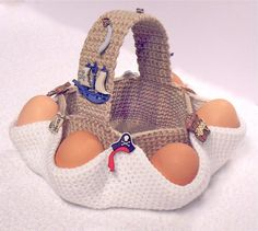 Precioso!!! Easter egg hunt basket. Crochet pattern PDF file (instant download) by Ekaterina Sharapova