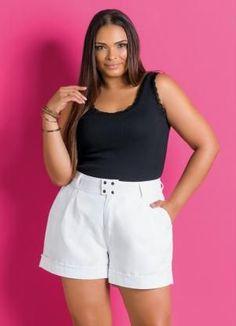 Short Feminino Plus Size Branco - Marguerite Short Outfits, Short Dresses, Black Butler Meme, Look Con Short, Plus Size Looks, Sewing Pants, Girl Bottoms, Short Tops, Fashion Pictures
