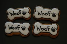 Cute idea for cookies! Gingerbread as a base would make them edible for kids instead of dogs. Im thinking royal icing. Dog Cupcakes, Cupcake Cookies, Sugar Cookies, Dog Cookies, Cut Out Cookies, Puppy Birthday Parties, Puppy Party, Dog Birthday, Birthday Bash