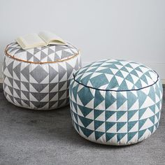 Sitting pretty. Handwoven by Craftmark-certified artisans in India, the Triangle Printed Pouf features a bold triangular print and contrasting piping. Arrange a few around a coffee table for casual seating, or rest a tray on top for a temporary side table.