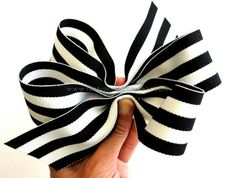 Easy How-to With Pictures! Make Your Own Ribbon Hair Bows by mattie