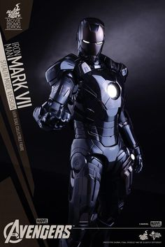 Did Hot Toys Just Secretly Confirm Iron Man's Stealth Armor in 'The Avengers: Age of Ultron'? | moviepilot.com