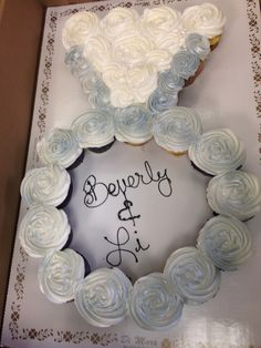 Engagement ring cupcake cake