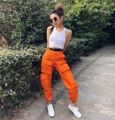 Orange Pants Outfit, Colored Pants Outfits, Cargo Pants Outfit, Cargo Pants Women, Jogger Pants, Pants For Women, Orange Outfits, Joggers, Hip Hop Fashion