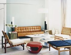 Midcentury modern living space // Italian design