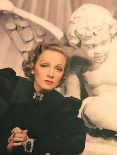 Marlene Dietrich by Jack Shallit & Barker Davis. This was an experimental photograph said to be first color portrait of Dietrich.