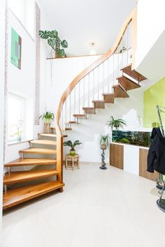 Beautiful Lights, Loft, Modern, Stairs, Space, Home Decor, Vacations, Hand Railing, Stairway