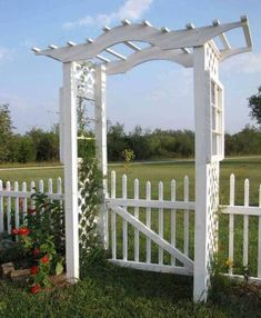 Making arbors from repurposed doors and more! Garden arches are a classic addition to any garden and can divide a space, create an 'entrance or gate' or just be a focal point. These gardeners have…