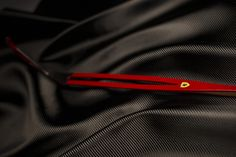 Griff ferrari red Bow