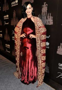 #KatyPerry steps out in a bold color at The Ninth Annual UNICEF Snowflake Ball at #Cipriani, Wall Street on December 3, 2013 in New York City  http://celebhotspots.com/hotspot/?hotspotid=5845&next=1