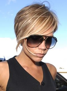 Popular Hairstyles Of Victoria Beckham