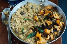 With the addition of dried porcini mushrooms, this recipe has bags of flavour and can be ready in under an hour. Try serving small portions for a fancy starter when you have friends over or keep it hearty and have it as a big family meal. The wild mushrooms and almonds make a delicious combination - both earthy and nutty. This recipe serves 3-4 people and is the perfect treat at the weekend.
