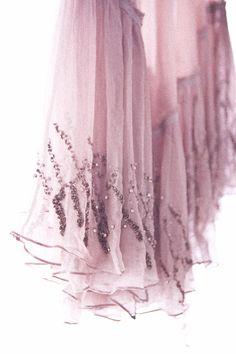 Pretty detailing on a skirt edge Magenta, Shades Of Purple, 50 Shades, Color Lila, Mauve Color, Dusty Rose, Dusty Pink, Fru Fru, Pastel Decor