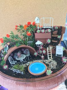 Have you heard of those adorable Fairy gardens? A Fairy Garden is basically a miniature garden made of natural materials Mini Fairy Garden, Fairy Garden Houses, Fairy Gardening, Fairies Garden, Fairy Village, Fairy Tree, Pot Jardin, Little Gardens, Dish Garden
