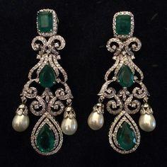 @alepatan. Diamonds, emeralds and pearls earrings...