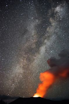 Mt. Yasur and the Milky Way by michael spear hawkins on Flickr.