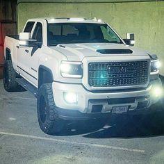 Jacked Up Trucks, Gm Trucks, Diesel Trucks, Cool Trucks, Pickup Trucks, Gmc 4x4, Jeep 4x4, Huge Truck, Gmc 2500