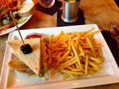 Club Sandwich im Cafe Felix in Stuttgart. Lust Restaurants zu testen und Bewirtungskosten zurück erstatten lassen? https://www.testando.de/so-funktionierts