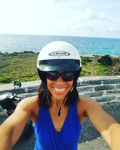 Having Fun in Bermuda on a motorcycle wearing a helmet!! This was my Bermuda moment!! Wow wow & wow!!! Does it get better than this Bermuda? Breathtaking Bermuda blue ocean clear sunny skies very few white puffy clouds inhaling fresh clean outdoor elements..........my journey continues  #NoMatterWhat #juliebrooks #spaquest #fitnessjourney #paradise #breathtaking #bermuda #breathe #breathing #gotobermuda #fitness #focused #fitnesslifestyle @wearebda @cometobermuda #bermudaful #athlete #fit…