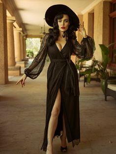 Gothic Fashion 636837203537085814 - Pre-Order Black Widow Lace Wrap Gown – La Femme En Noir Source by dedlassiva Witch Fashion, Dark Fashion, Gothic Fashion, Fashion Beauty, Fashion Tips, Steampunk Fashion, Emo Fashion, Fashion Outfits, Estilo Pin Up