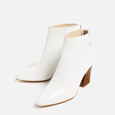 Image 4 of HIGH HEEL LEATHER ANKLE BOOTS WITH ZIP from Zara