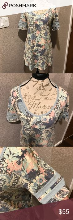 LuLaRoe Perfect T Gorgeous colors!! Rare print. Perfect T. NWT. LuLaRoe Tops Tees - Short Sleeve