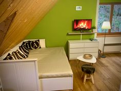 www.apartmanmichaela.cz Table, Furniture, Home Decor, Decoration Home, Room Decor, Tables, Home Furnishings, Desks, Arredamento