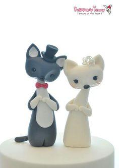 When groom kitty met bride kitty! Custom Wedding Cake Toppers, Wedding Topper, Wedding Cakes, Cupcakes, Cupcake Cookies, Kitten Cake, Biscuit, Fondant Animals, Animal Cakes