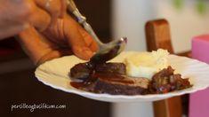 OKSEKJØTT I RØDVIN Pie, Pepper, Desserts, Food, Basil, Cake, Meal, Fruit Cakes, Pai