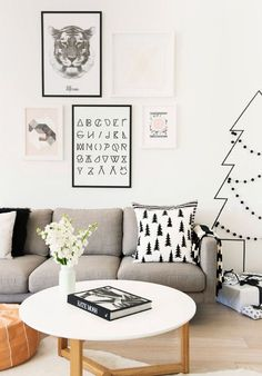 12 Modern Christmas Decorating Ideas: Use washi tape to make Christmas tree in the wall