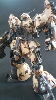 MODELER: 0828  MODEL TITLE:  N/A  MODIFICATION TYPE:  custom color scheme, camouflage  KITS USED: HGUC 1/144 Jagd Doga