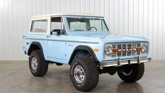 Classic Bronco, Classic Ford Broncos, Ford Classic Cars, Classic Chevy Trucks, Chevy Classic, Ford Mustang Shelby Gt500, Mustang 1967, Maserati, Lamborghini