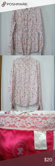 Twenty x women size large snap western shirt White,, red, burgundy, gray and pink pattern, long sleeve, red pearl snap, ultra fit twenty x Tops