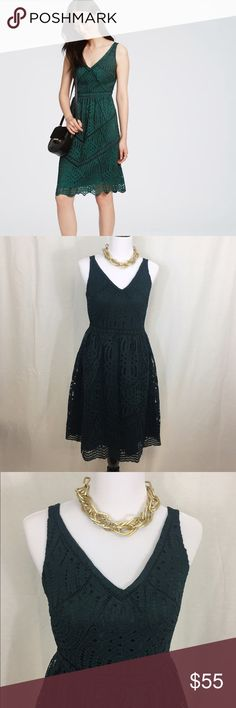 Ann Taylor Lace Flare dress 👗 Beautiful emerald green dress. Features gorgeous lace detailing. In excellent condition. Back zipper. Size 6. Retail price $179 Ann Taylor Dresses