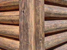 Rustic Mobile Home Remodel Log Siding Ideas Vinyl Log Siding, Log Cabin Siding, Log Cabin Homes, Log Cabins, Rustic Cabins, Metal Siding, Log Homes Exterior, Exterior House Siding, Rustic Exterior