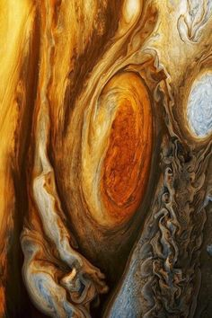 Astronomy Jupiter close up - credit: NASA - The Great Red Spot of Jupiter. Actually a storm that's been raging for over 300 years, it's three times the size of the entire Earth. Cosmos, Interstellar, Great Red Spot, Eclipse Solar, Mars Mission, Space And Astronomy, Hubble Space, Space Telescope, Space Photos