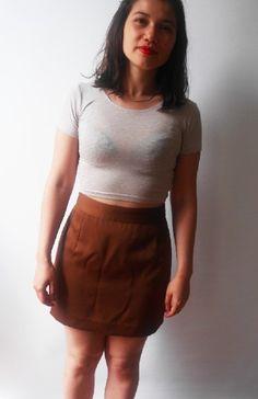 9d7844220f946 Mini jupe taille haute vintage Cacharel T.36, couleur olive. Très jolie !