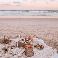 Beach Aesthetic, Summer Aesthetic, Blue Aesthetic, Aesthetic Outfit, Summer Sunset, Summer Beach, Summer Vibes, Beach Date, Summer Days