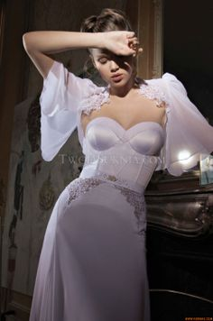 Vestidos de noiva Inbal Dror BR-13-10 Paris 2013