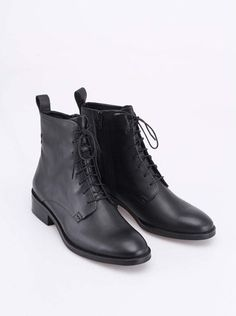 Vagabond - Černé dámské kožené kotníkové boty Ava - 1 e9053411993