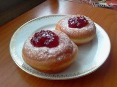 Šišky podľa Júlie (fotorecept) - Recept Sweet Desserts, Vitamins, Cheesecake, Food And Drink, Pudding, Sweets, Healthy Recipes, Baking, Eat