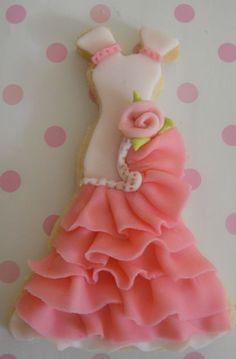 Flamenco dress cookies - I see it in polymer! Fancy Cookies, Cut Out Cookies, Iced Cookies, Cute Cookies, Royal Icing Cookies, Cookies Et Biscuits, Sugar Cookies, Frosted Cookies, Cupcakes