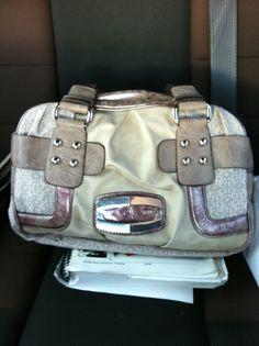 guess purse... i love it!