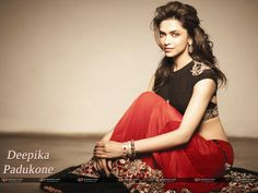 Bollywood Actresses Always Try To Use Different kind of Products For Their Skins But Look Yourself At Deepika Padukone Face And Decide. Deepika Padukone Lehenga, Deepika Padukone Wallpaper, Deepika Padukone Latest, Neha Sharma, Katie Mcgrath, Whatsapp Dp, Salman Khan, Indian Dresses, Indian Outfits